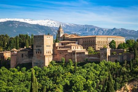 Road trip in Andalusia? Discover South of Spain by car